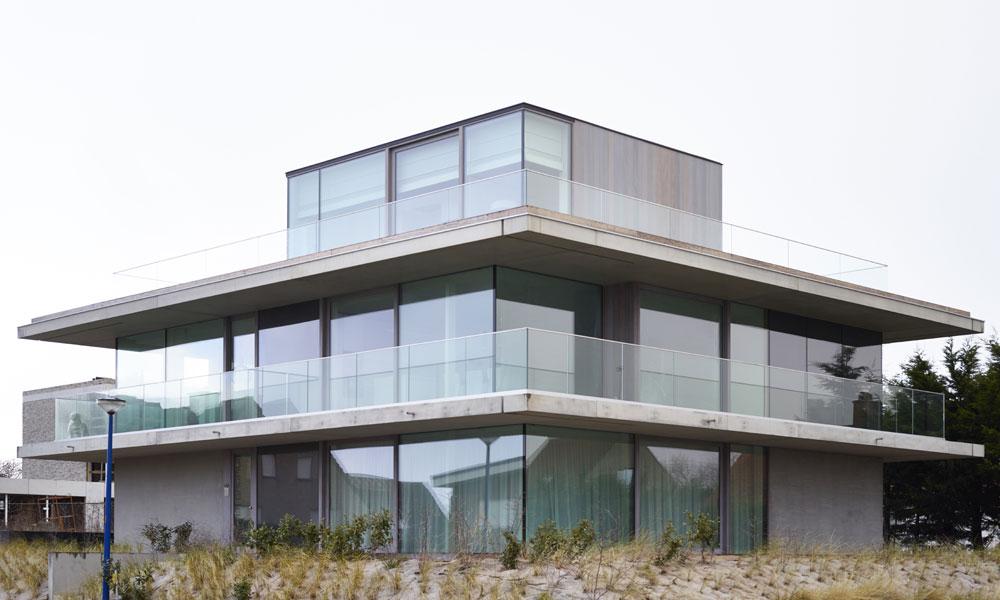 Balustrades en verre pour le secteur immobilier for Balustrade en verre exterieur